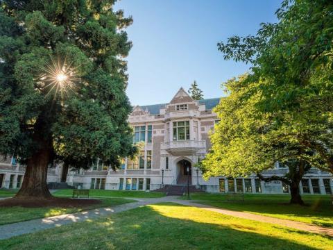 Universidad de Washington.