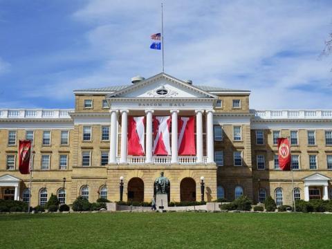 Universidad de Wisconsin.