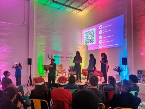 El equipo de The Venture City en un acto