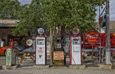 Una gasolinera antigua de la Ruta 66.