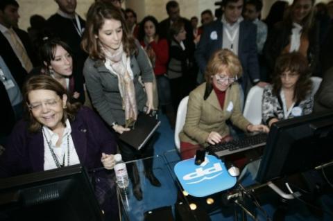 Isabel Díaz Ayuso cuando fue asesora de Esperanza Aguirre en 2009.