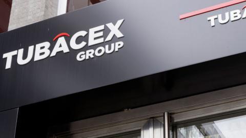 El logotipo de Tubacex en su sede