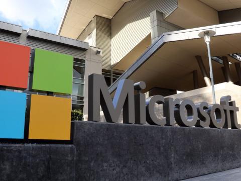 Microsoft firmó más de 5.000 contrato con el ejército de Estados Unidos.