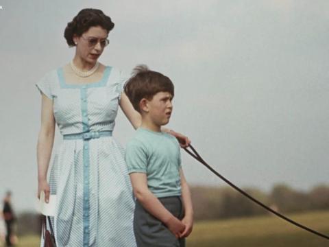 'The Royal House of Windsor' utiliza imágenes, documentos y relatos personales para contar la historia de la familia real.