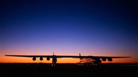 Avion gigante