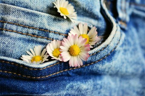 Bolsillo pantalón flores