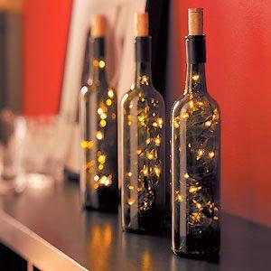 Botella de vino con luces