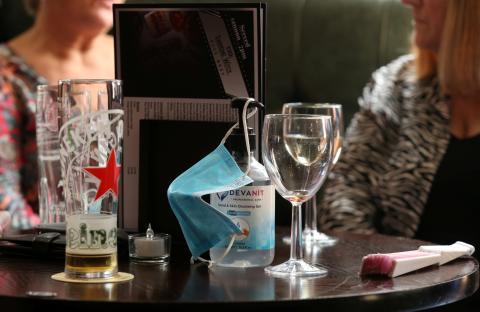 Coronavirus en un bar