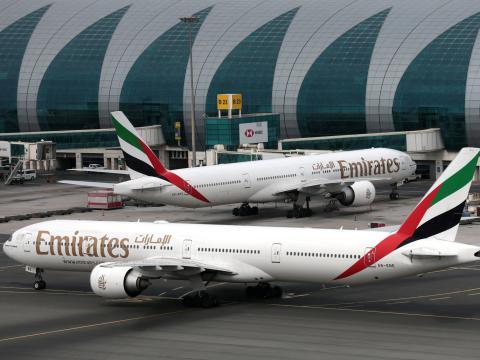 Los aviones Boeing 777 de Emirates Airline en el Aeropuerto Internacional de Dubai.
