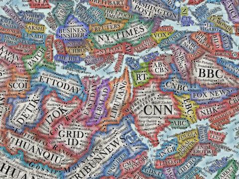 'Business Insider' aparece en el grupo de medios de noticias, junto a 'The New York Times'.