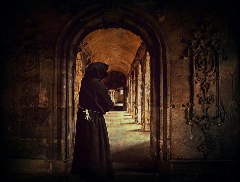 Monje Hombre Monasterio