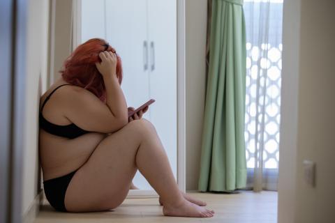 mujer con sobrepeso