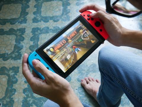 Nintendo Switch jugar Mario Kart