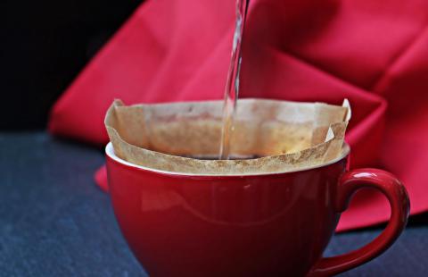 Taza de café agua