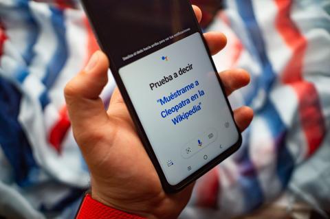 TCL 20 5G botón Google Assistant