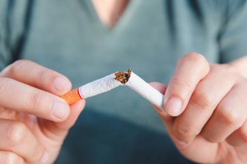 Cigarrillo partido