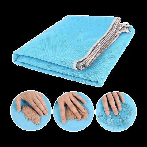Así funciona la esterilla-toalla de playa antiarena de Aldi.