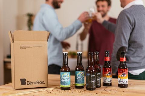 Imagen de un envío mensual de cervezas de Birrabox