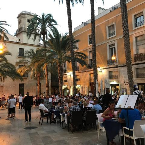 Plaça de la Santissima Faç, Alicante.