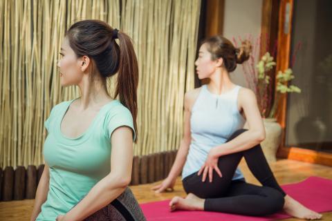 postura yoga elasticidad
