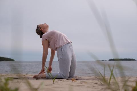 posturas de elasticidad yoga