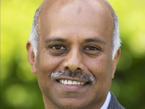 Velchamy Sankarlingam, presidente de producto e ingeniería de Zoom.