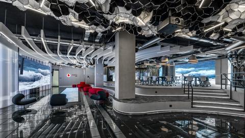Vodafone abrirá un centro europeo de la compañía en Málaga. En la foto, el Vodafone Lab en Madrid.