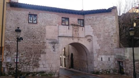 Arco de San Gil, Burgos.