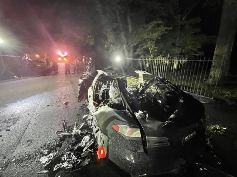 Así quedó el Tesla Model S Plaid cuando se apagó el incendio.