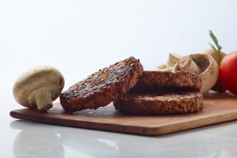 Innomy es una startup que produce alimentos a base del hongo micelio.