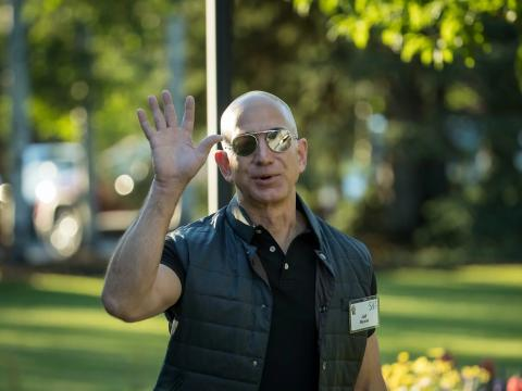Jeff Bezos waving Sun Valley conference