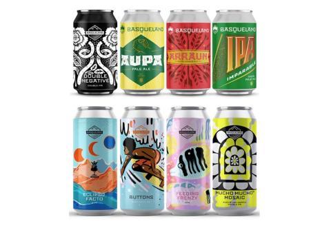Algunas de las latas de Basqueland con los diseños de Marcos Navarro.