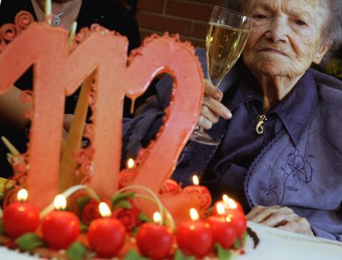 longevidad humana, anciano