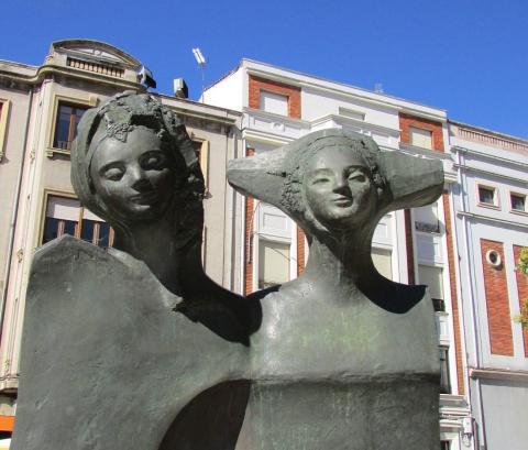 Monumento a las Infantas de León.