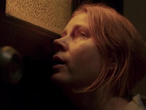 Amy Adams en 'La mujer en la ventana'.