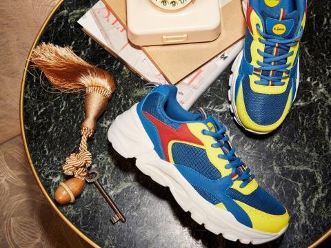 Zapatillas con los colores de Lidl.