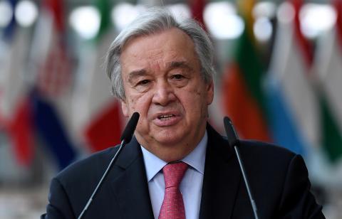 El secretario general de las Naciones Unidas, Antonio Guterres, se dirige a los medios de comunicación durante la cumbre de la Unión Europea en Bruselas, Bélgica.
