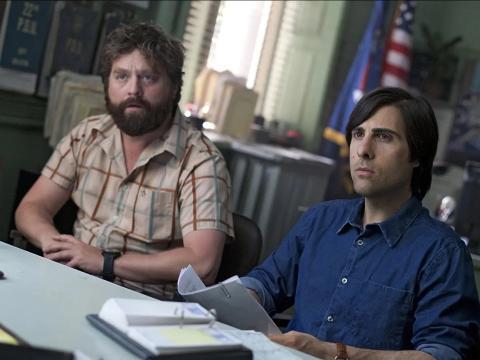 Zach Galifianakis y Jason Schwartzman como Jonathan y Ray.