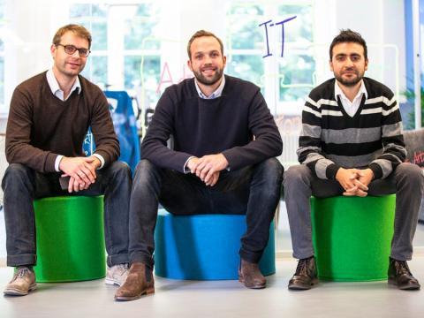 El director financiero de Simplesurance, Joachim von Bonin, el director ejecutivo, Robin von Hein, y el director de tecnologías de la información, Ismail Asci.