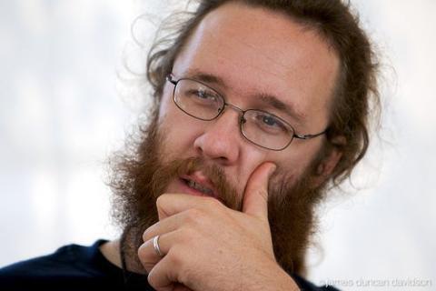"""Evan """"Rabble"""" Henshaw-Plath, el primer desarrollador líder de Twitter."""