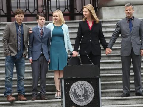 La familia Warren.