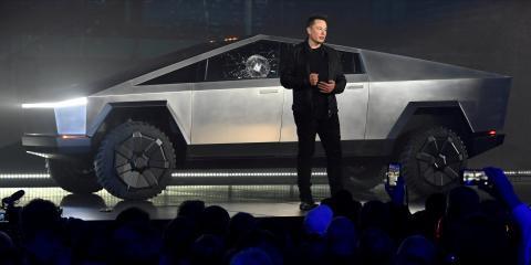 Elon Musk y el Cybertruck.