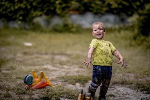 Los juguetes de los niños acumulan gérmenes