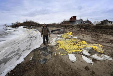 Aldea de Yup'ik, Newtok en Alaska, afectada por el deshielo.