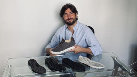 En imagen, Daniel Palau, confundador de Kosen Shoes.