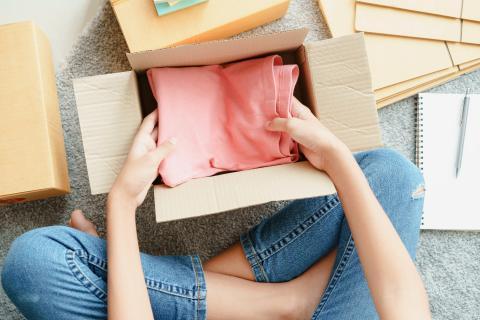 Empaquetar ropa