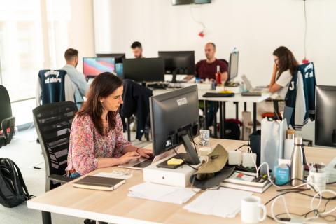 Trabajadores en las oficinas de Seedtag