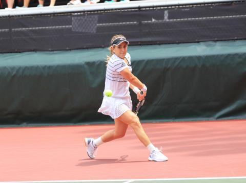 Estela Pérez logró llegar a semifinales del campeonato universitario de EE.UU. en su primer año