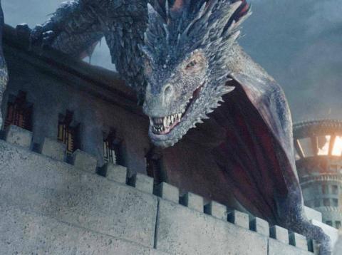 Drogon y Daenerys Targaryen en la serie de HBO 'Juego de Tronos'