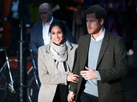El príncipe Harry y Meghan Markle en una visita a una emisora de radio en Londres, el 9 de enero de 2018.